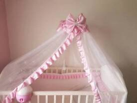 Hand made Pink bow cot/bed canapy