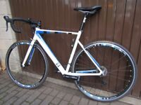 13 Intrinsic Alpha Road Bike 54cm M (Perfect Condition)