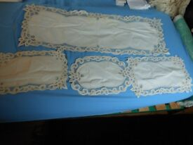 Set 4 vintage embroidered crochet lace place mats/ dressing table runner