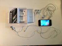 iPhone 4S 8GB - Mint Condition