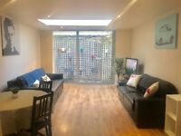 Short stay central one bedroom apartment with balcony in the heart of Trendy Brick Lane