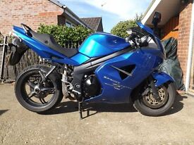 2005 Blue Triumph Sprint ST1050 - 18177 miles only - great bike for the money