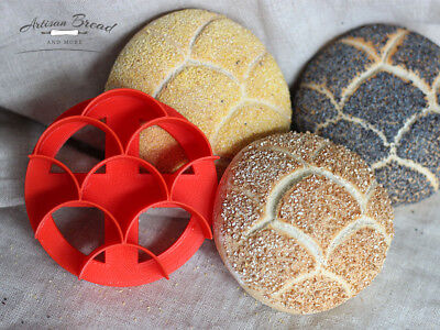 3.5″ Large Kaiser Roll Stamp with Fish Scale Pattern / Mermaid Concha Cutter