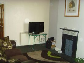 1 bedroom SELF CONTAINED FLAT