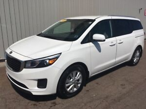 2017 Kia Sedona FACTORY WARRANTY | EXCELLENT CONDITION AND PE...