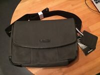 Timbuk2 messenger bag laptop case small