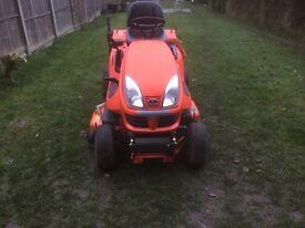 Kubotu ride on tractor mower