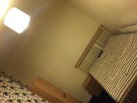 ALL BILLS INCLUDED - Double Bedroom in a tidy house in Levenshulme