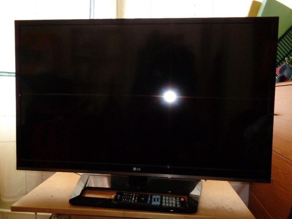 led 43inch lg tv sound only spares or repair virtually unmarked room needed 25£