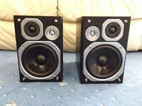 Panasonic bookshelf stereo hifi speakers, SB-PMX5 60 watt, 3 Ohm, Like New Must Go