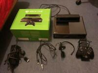 New Xbox One Kinect - GREAT CONDITION - all original contents