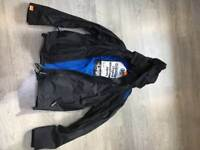 Super dry windcheater in large size little worn