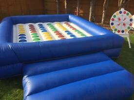 Inflatable twister (commercial)