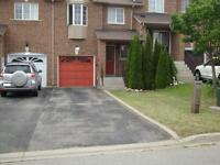 Furnished Town House in Richmond Hill for short term rent