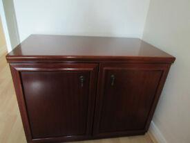 set of 2 cupboards