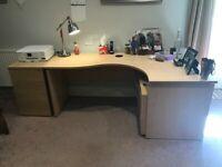 Desk & office furniture