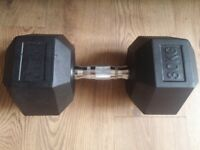 Low Price High Quality 30Kg Hexa Dumbbell Rubberized with Chrome Handle Single