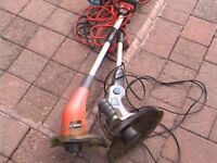 garden trimmers 2 £10 each or £15 the 2