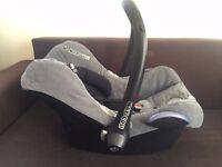 Maxi Cosi newborn car seat + free Moses basket stand