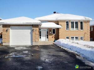 $410,000 - Raised Bungalow for sale in Cornwall