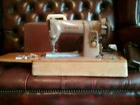Singer 185K sewing machine (Serviced)