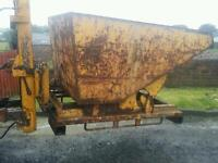 Large heavy duty forklift tipping skip perfect for scrap rubbish building work etc
