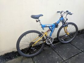 Urgently selling a descent condition bicycle