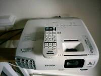 Projector Epson like new only 100h on lamp normal price around550£ VERRY good deal!!! Only £299!!!