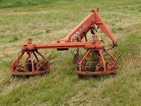 John deer side delivery rake and fransguard tedder