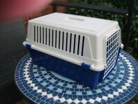 Atlas 20 Pet Carrier for Cat or Small dog