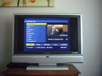 "VIEWSONIC N3260w 32"" Widescreen High Definition LCD TV & Philips Freeview Receiver..."