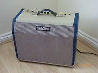Acoustic Guitar Amp