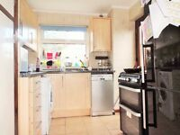 SPACIOUS TWO BEDROOM FLAT IN BARKING ROAD/PLAISTOW