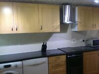 Smart and comfy double room in great location - central Witney.