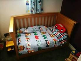 Mamas and papas adjustable cot bed
