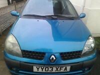 Renault Clio 1.2 2003 142K miles Ideal for someone who could fix it up or spares and repairs.