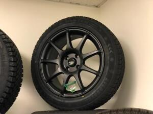 2007-2013 MINI COOPER BRAND NEW BLACK ALLOY WHEEL AND SNOW TIRE PACKAGE 195/55R16