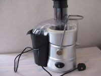 WHOLE FRUIT JUICER, TWO SPEEDS