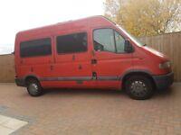 Renault master 2.2 minibus/day van