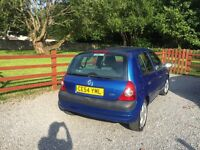 2004 Renault CLIO 1.4L Great First Car!
