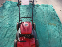 MOUNTFIELD PETROL MULCHING MOWER USED BUT JUST SERVICED IN VERY GOOD CONDITION