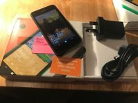 Nokia 530 black unlocked! boxed in excellent condition