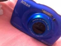 Nikon COOLPIX S33 waterproof digital cameta