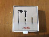 Beats urBeats Earphones with Microphone - Space Grey