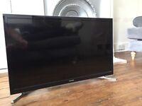 "32"" Samsung Smart TV, great condition"