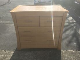 Mamas and Papas chest of drawers/baby changing unit. Good condition, nice solid wood.