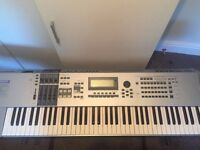 RARE Yamaha Motif ES7 Synthetiser Keyboard 76 Ky, stand inc, excellent condition