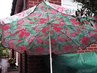 GARDEN PARASOL AND GREEN BASE PINK FLORAL