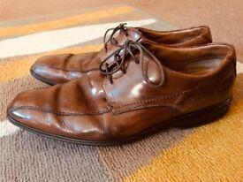 Clark's 7G shoes