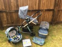 Cosatto Giggle 2 Travel System & Isofix Base